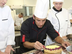 Teaching Lifelong Learning to Culinary Students