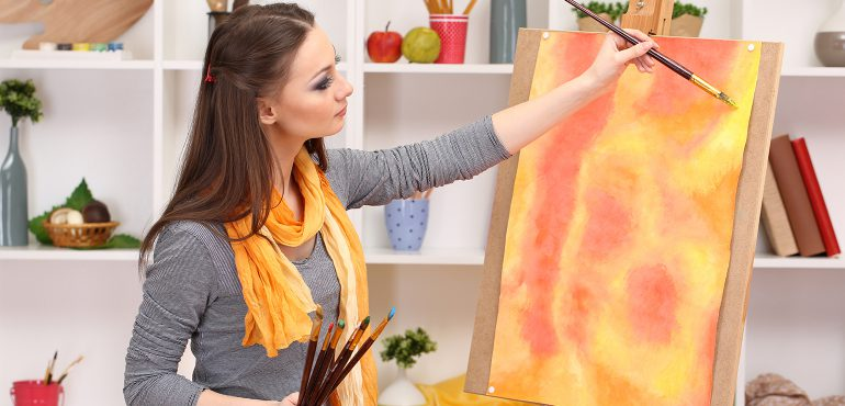 Art student finding inspiration for her painting