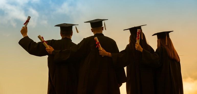 Prepare for a job before graduation