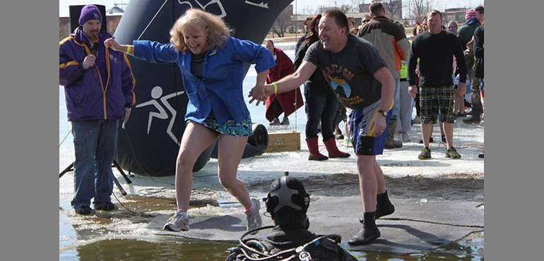 Terri Schlader jumping into ice water