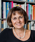 Portrait of Professor Dr Ursula Renold